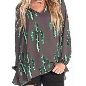 Izzy & Lola Long Sleeve Cactus Shirt - Like New